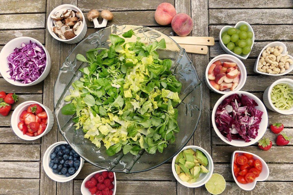 ingrédients pour une salade composée